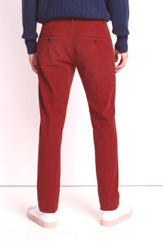 Muške crvene hlače (51 fotografija): mršave, ravne, banane, s tim što  nositi Moda iz Couture.Ru