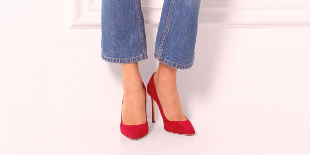 nueva especiales especial para zapato límpido a la vista Zapatos rojos de tacón alto - acento brillante en la imagen ...